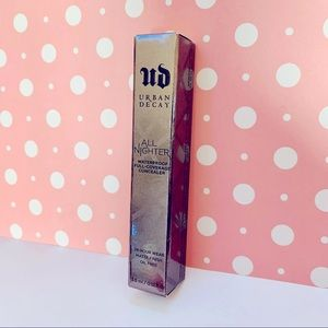 Urban Decay Concealer - Light NEUTRAL